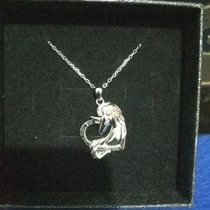 Beilin sliver unicorn necklace